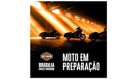 //www.autoline.com.br/moto/harley-davidson/road-glide-ultra-fltru-gas-mec-basico/2018/brasilia-df/11402564