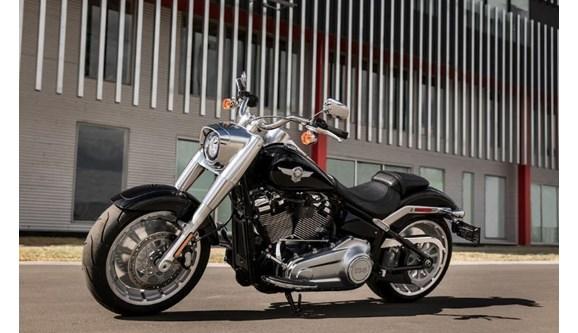 //www.autoline.com.br/moto/harley-davidson/softail-fat-boy-flstf-gas-mec-basico/2020/brasilia-df/9988616