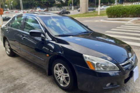 //www.autoline.com.br/carro/honda/accord-30-v6-ex-24v-gasolina-4p-automatico/2006/sao-paulo-sp/13830576