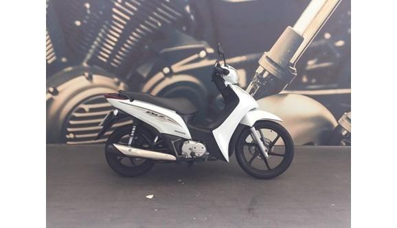 //www.autoline.com.br/moto/honda/biz-125-flexone/2016/itajai-sc/13890557