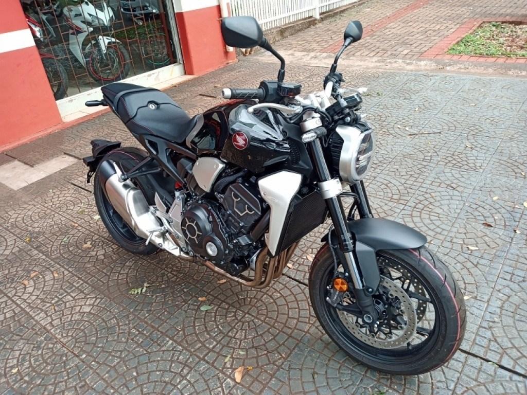 //www.autoline.com.br/moto/honda/cb-1000-rc-abs-gas-mec-basico/2019/maringa-pr/12019101