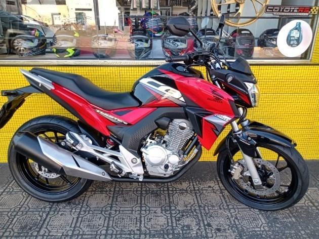 //www.autoline.com.br/moto/honda/cb-250-twister-flexflexone/2019/avare-sp/11054997