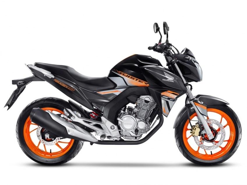 //www.autoline.com.br/moto/honda/cb-250-twister-flexflexone/2021/curitiba-pr/14385046