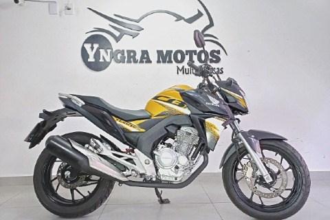 //www.autoline.com.br/moto/honda/cb-250-twister-flexflexone/2020/sao-paulo-sp/14805352