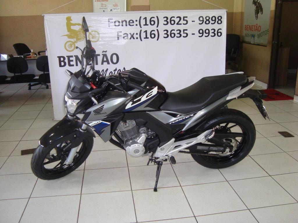 //www.autoline.com.br/moto/honda/cb-250-twister-flexflexone/2019/ribeirao-preto-sp/15681894