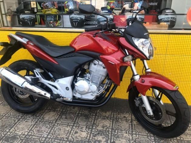 //www.autoline.com.br/moto/honda/cb-300-r-flexc-abs-etagas-mec-basico/2013/avare-sp/11034294