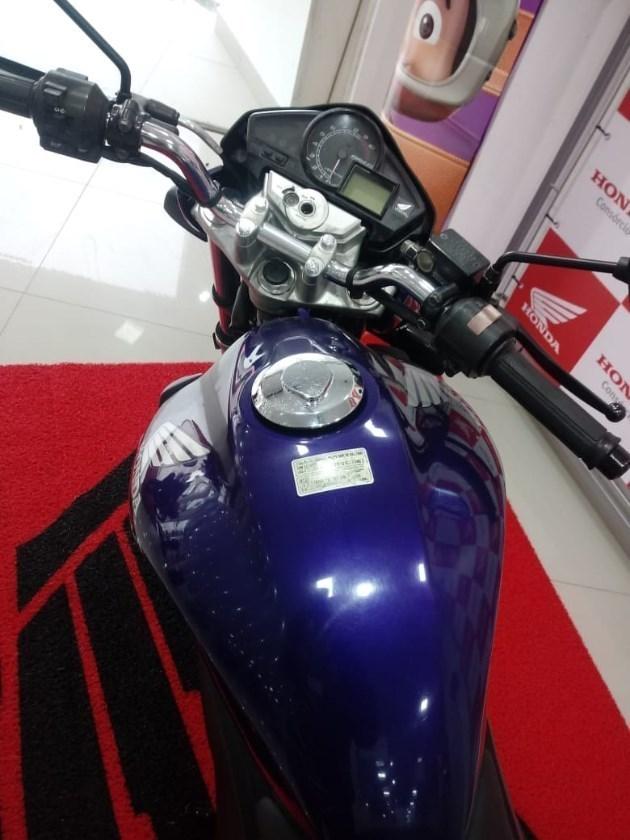 //www.autoline.com.br/moto/honda/cb-300-rstd-gas-mec-basico/2011/mafra-sc/11633834