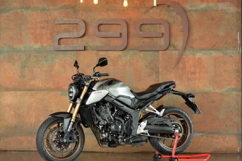 //www.autoline.com.br/moto/honda/cb-650r/2021/brasilia-df/14047508
