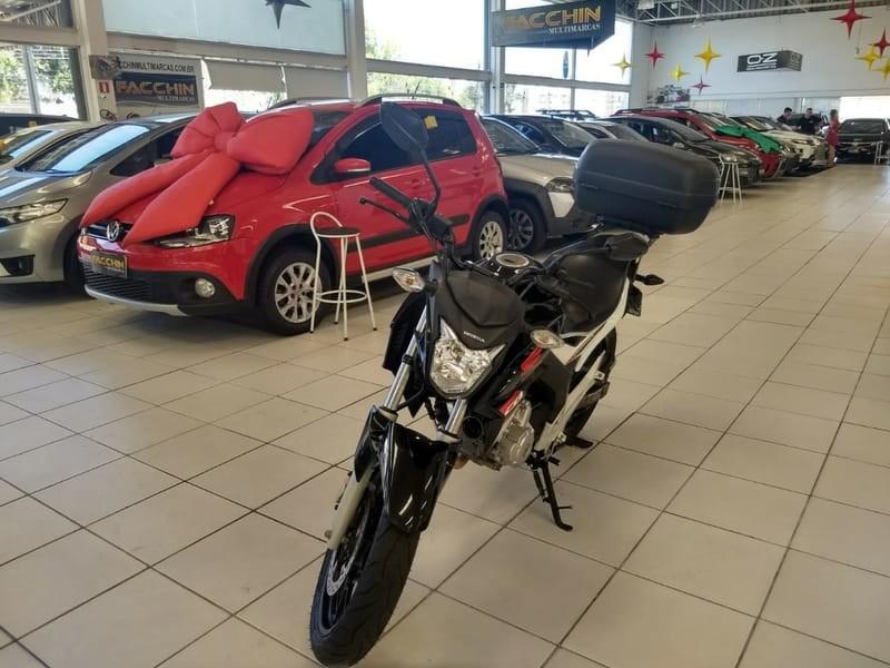 //www.autoline.com.br/moto/honda/cb-twister-250cc/2017/curitiba-pr/13134470