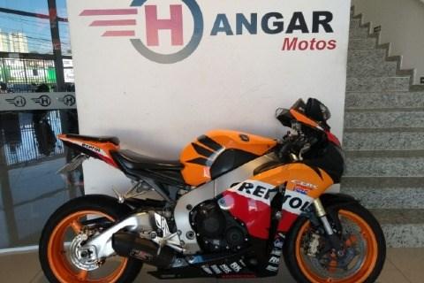 //www.autoline.com.br/moto/honda/cbr-1000-rr-fireblade-repsol-gas-mec-basico/2011/campinas-sp/14441270