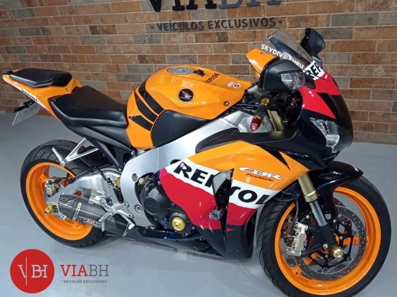 //www.autoline.com.br/moto/honda/cbr-1000-rr-fireblade-repsol-gas-mec-basico/2011/belo-horizonte-mg/15011266