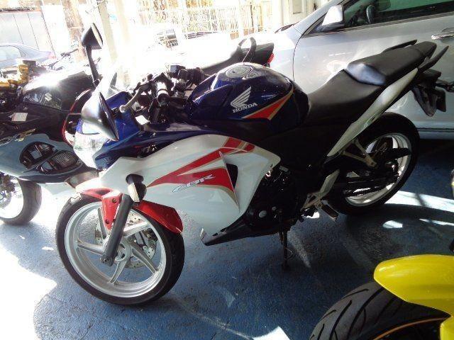 //www.autoline.com.br/moto/honda/cbr-250-rstd-gas-mec-basico/2012/ribeirao-preto-sp/15106396