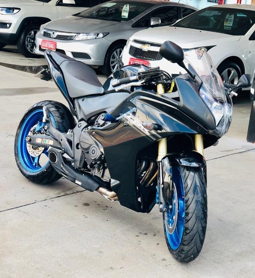 //www.autoline.com.br/moto/honda/cbr-600-f-gas-mec-basico/2012/chapeco-sc/13529633