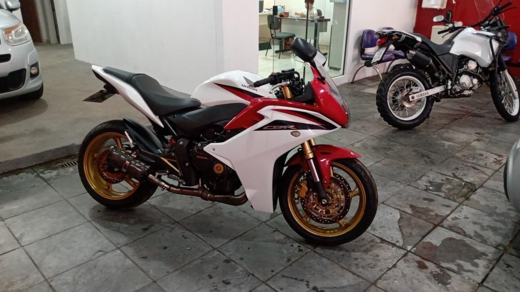 //www.autoline.com.br/moto/honda/cbr-600-fstd-gas-mec-basico/2013/ribeirao-preto-sp/15556588