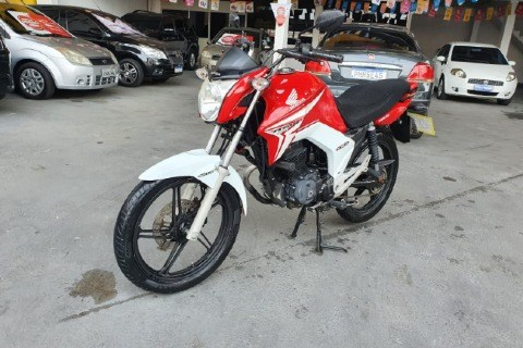 //www.autoline.com.br/moto/honda/cg-150-titan-ex-mix-etagas-mec-basico/2015/manaus-am/15720707
