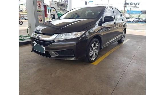 //www.autoline.com.br/carro/honda/city-15-lx-16v-flex-4p-automatico/2017/uberaba-mg/10692810