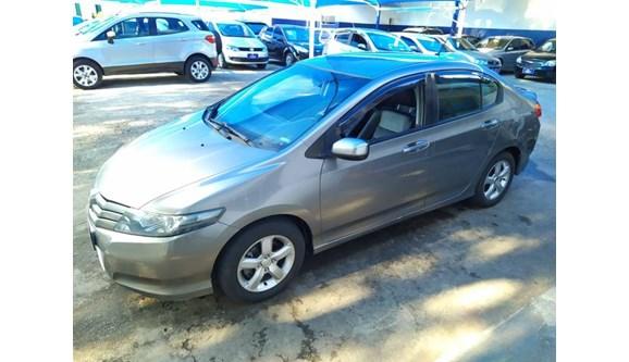 //www.autoline.com.br/carro/honda/city-15-ex-16v-flex-4p-automatico/2010/amparo-sp/10914813