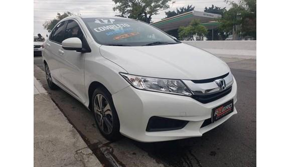 //www.autoline.com.br/carro/honda/city-15-lx-16v-flex-4p-cvt/2017/sao-paulo-sp/11124461