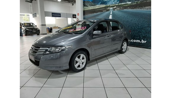 //www.autoline.com.br/carro/honda/city-15-lx-16v-flex-4p-automatico/2012/sao-paulo-sp/11388695