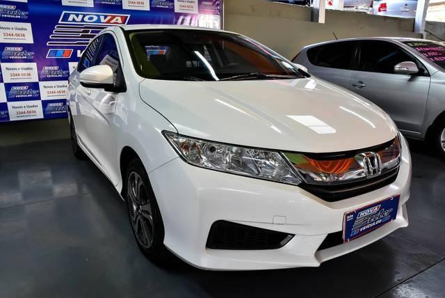 //www.autoline.com.br/carro/honda/city-15-lx-16v-flex-4p-cvt/2015/presidente-prudente-sp/12247580