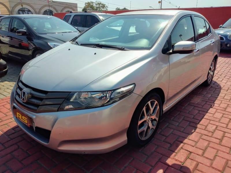 //www.autoline.com.br/carro/honda/city-15-ex-16v-flex-4p-manual/2010/curitiba-pr/12403894