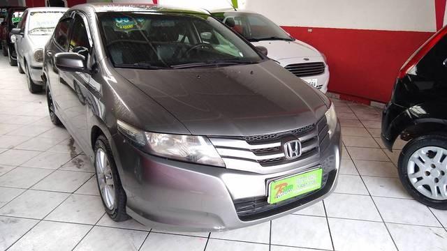 //www.autoline.com.br/carro/honda/city-15-lx-16v-flex-4p-automatico/2010/barueri-sp/12809122