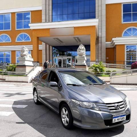//www.autoline.com.br/carro/honda/city-15-lx-16v-flex-4p-automatico/2012/sao-jose-dos-campos-sp/14136031