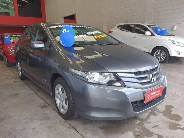 //www.autoline.com.br/carro/honda/city-15-lx-16v-flex-4p-automatico/2011/sao-paulo-sp/14145668