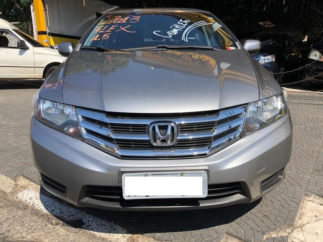 //www.autoline.com.br/carro/honda/city-15-lx-16v-flex-4p-automatico/2013/osasco-sp/14257392