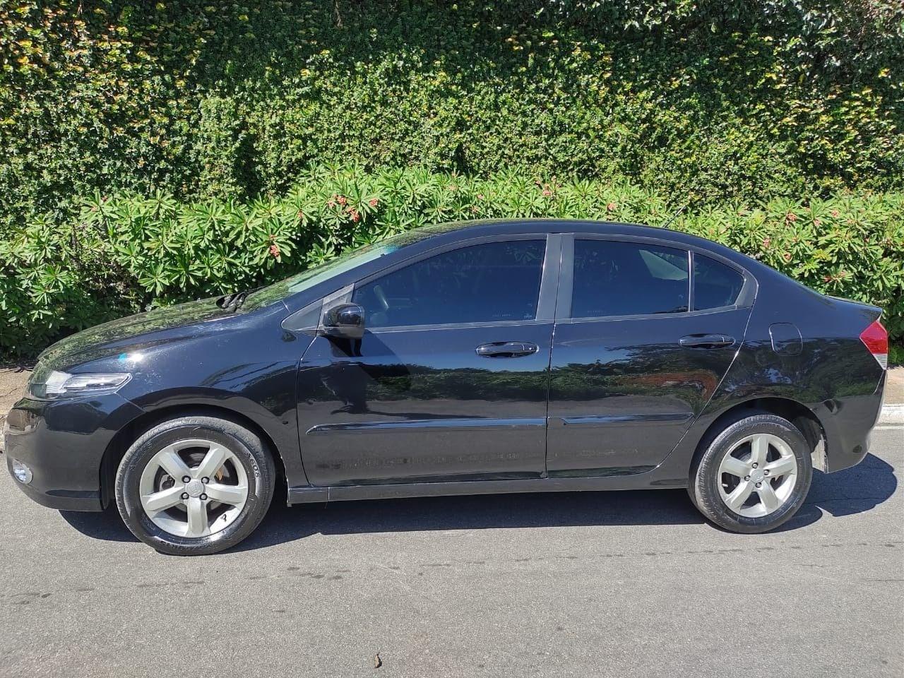 //www.autoline.com.br/carro/honda/city-15-lx-16v-flex-4p-automatico/2011/sao-paulo-sp/14419858
