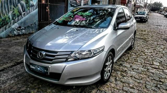 //www.autoline.com.br/carro/honda/city-15-ex-16v-flex-4p-automatico/2012/suzano-sp/14484281