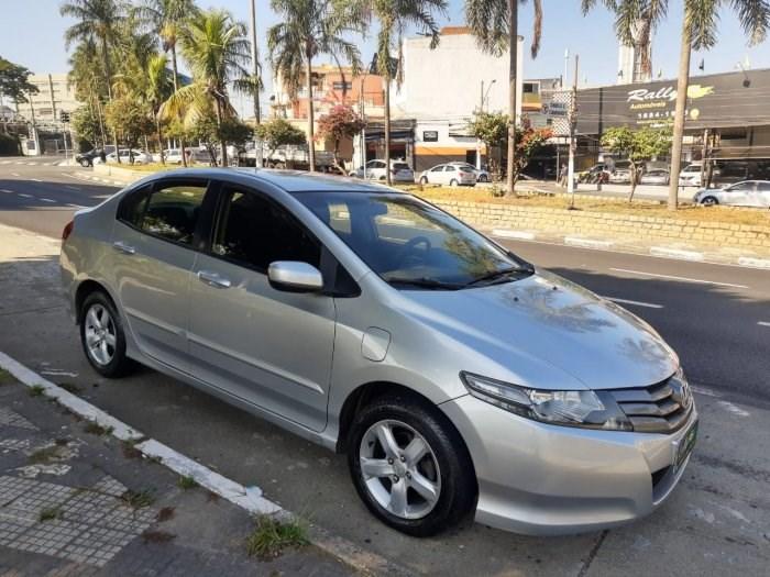 //www.autoline.com.br/carro/honda/city-15-lx-16v-flex-4p-automatico/2012/osasco-sp/14728605