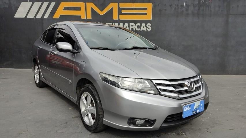 //www.autoline.com.br/carro/honda/city-15-lx-16v-flex-4p-automatico/2014/curitiba-pr/14779426