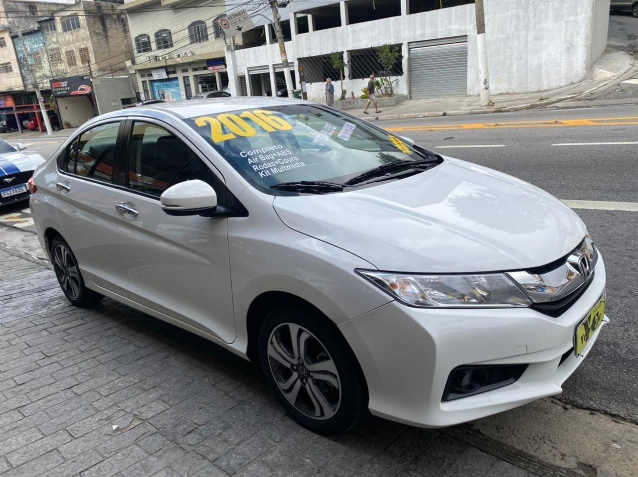 //www.autoline.com.br/carro/honda/city-15-ex-16v-flex-4p-cvt/2016/sao-paulo-sp/14855414