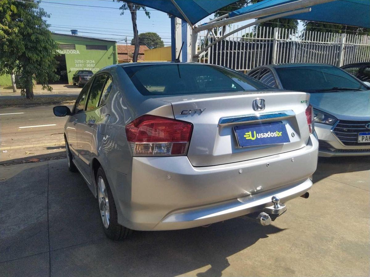 //www.autoline.com.br/carro/honda/city-15-dx-16v-flex-4p-manual/2011/goiania-go/14989063