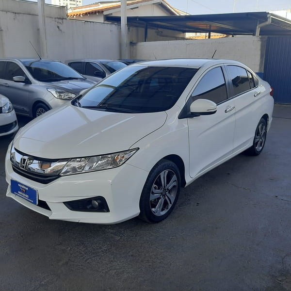 //www.autoline.com.br/carro/honda/city-15-ex-16v-flex-4p-cvt/2017/goiania-go/15126350