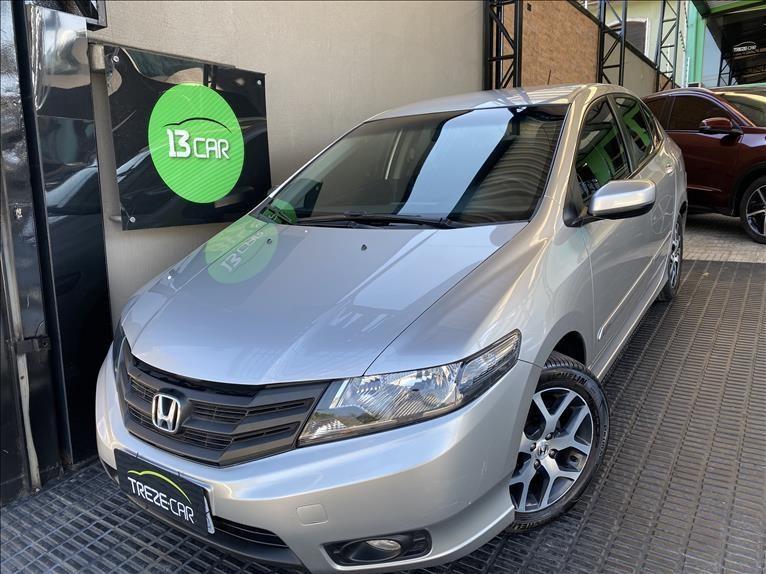 //www.autoline.com.br/carro/honda/city-15-sport-16v-flex-4p-manual/2014/sao-paulo-sp/15196910