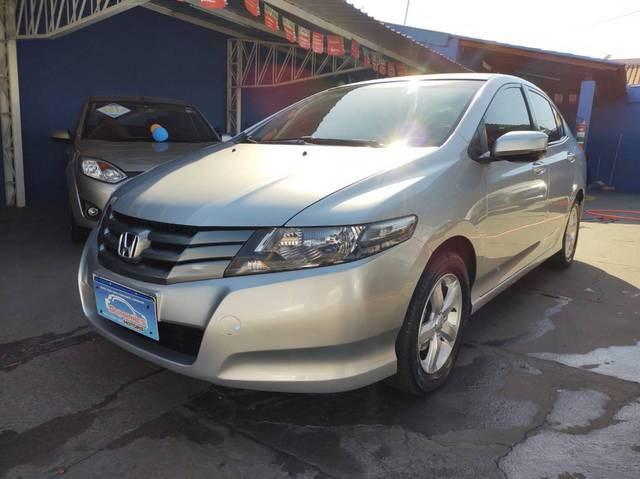 //www.autoline.com.br/carro/honda/city-15-ex-16v-flex-4p-automatico/2011/aracatuba-sp/15417833