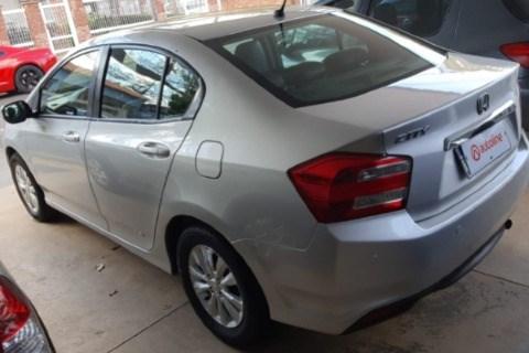 //www.autoline.com.br/carro/honda/city-15-lx-16v-flex-4p-manual/2013/catanduva-sp/15521301