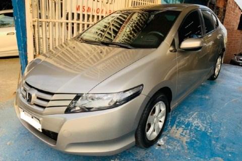 //www.autoline.com.br/carro/honda/city-15-dx-16v-flex-4p-manual/2011/sao-paulo-sp/15648619
