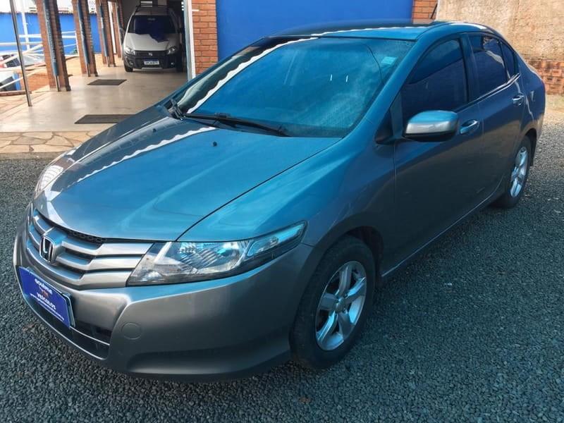 //www.autoline.com.br/carro/honda/city-15-dx-16v-flex-4p-manual/2011/goiania-go/15767022