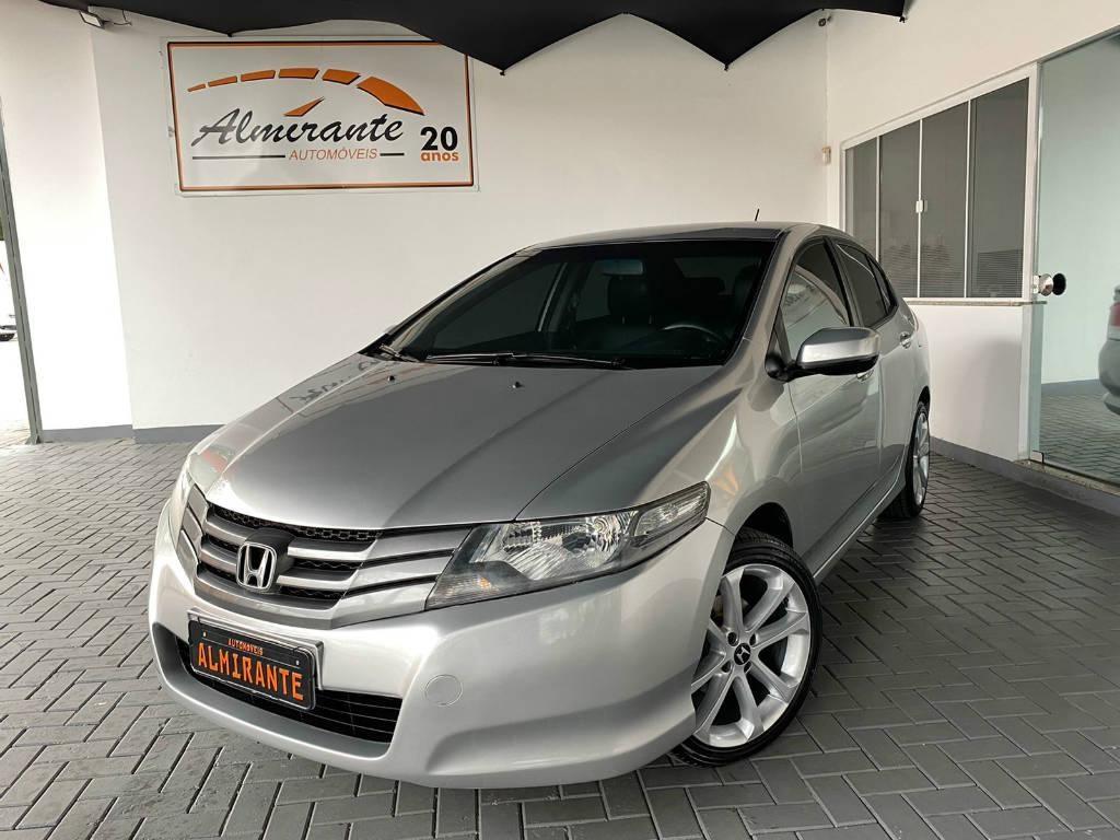 //www.autoline.com.br/carro/honda/city-15-lx-16v-flex-4p-automatico/2012/blumenau-sc/15773649