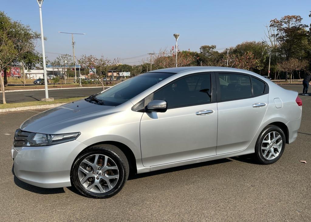 //www.autoline.com.br/carro/honda/city-15-ex-16v-flex-4p-automatico/2011/sao-jose-do-rio-preto-sp/15790379