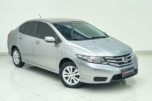 //www.autoline.com.br/carro/honda/city-15-lx-16v-flex-4p-manual/2013/osasco-sp/15813247