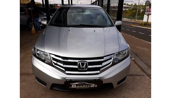 //www.autoline.com.br/carro/honda/city-15-dx-16v-flex-4p-manual/2013/votuporanga-sp/5986863