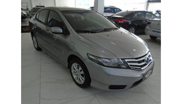 //www.autoline.com.br/carro/honda/city-15-lx-16v-flex-4p-automatico/2013/sapiranga-rs/7428567