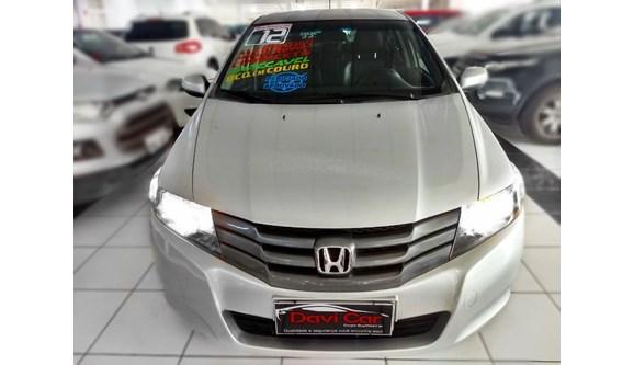 //www.autoline.com.br/carro/honda/city-15-ex-16v-flex-4p-automatico/2012/sao-paulo-sp/8403067