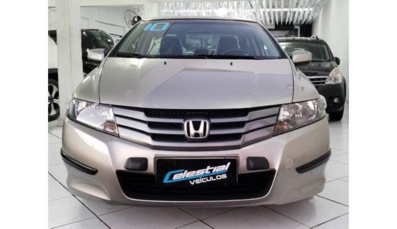//www.autoline.com.br/carro/honda/city-15-lx-16v-flex-4p-automatico/2010/sao-paulo-sp/8420186