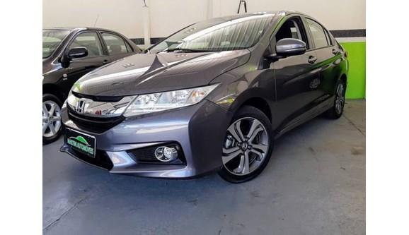 //www.autoline.com.br/carro/honda/city-15-lx-16v-flex-4p-automatico/2015/jundiai-sp/9000049
