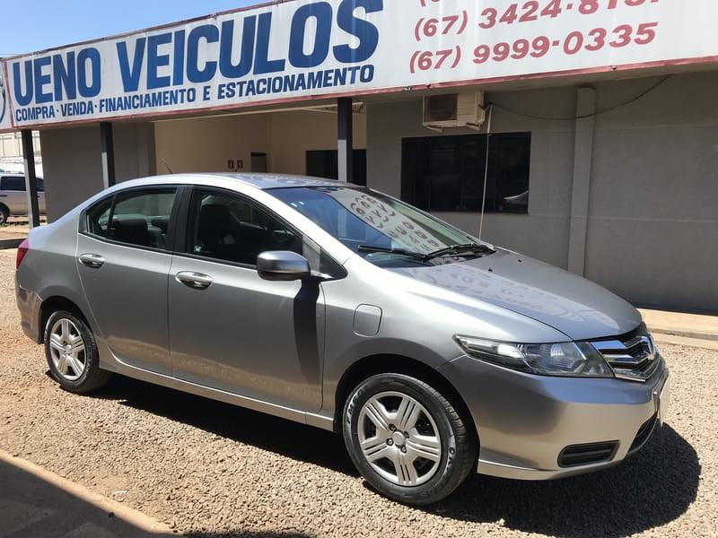 //www.autoline.com.br/carro/honda/city-15-dx-16v-flex-4p-manual/2013/dourados-ms/9690451